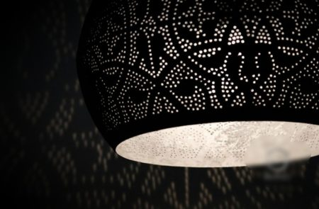 Oosterse lamp | Marokkaanse lampen | Oosterse lampen met Arabisch filigrain | Zilver | Gratis bezorging | Scherpe prijzen