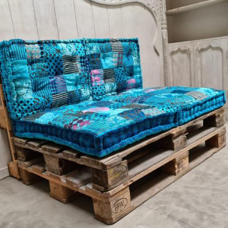 Oosterse kussens complete set voor op de palletbank of tuinset | Stevige patchwork zitkussens en rug kussen nu verkrijgbaar bij Oosterse lampen in prachtige kleuren! Scherpe prijzen & Gratis levering