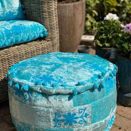Oosterse poef sundar blauw | Oosterse poefen handgemaakt met prachtige kleuren en scherpe prijzen | Gratis verzenden | nu nieuw in de collectie bij oosterse lampen | Combineer met mooie filigrain of mozaiek lampen
