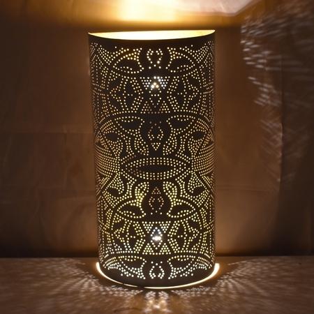 Oosterse wandlamp | Filigrain | Marokkaanse wandlampen | metalen wandlampen | Gaatjes design | Sfeervolle lamp | Sfeerlamp | Wandlamp | Oosterse lampen online | Scherpe prijzen